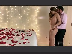 Indian Birthday Sex - My Boyfriend surprised me on my Birthday with Candles and Roses and had Desi Sex