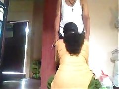 Mallu doodhwali aunty sucking dick young indian boy